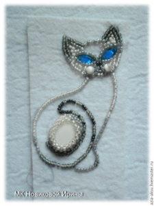 Брелок Сиамская кошка из бисера своими руками - мастер класс