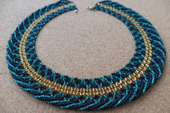 Простое ожерелье из бисера своими руками со схемами, для начинающих