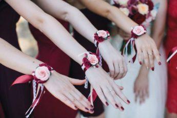Браслеты для подружек невесты: оригинальное и стильное украшение, которое можно сделать своими руками